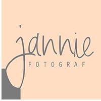 Fotograf Jannie – kreativ portrætfotografering i Brørup og omegn logo